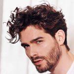 look spettinato taglio capelli uomo