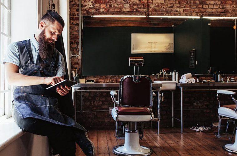barbershop barba capelli uomo ricci corti lunghi