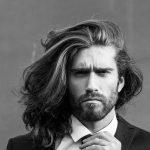 taglio capelli uomo lunghi