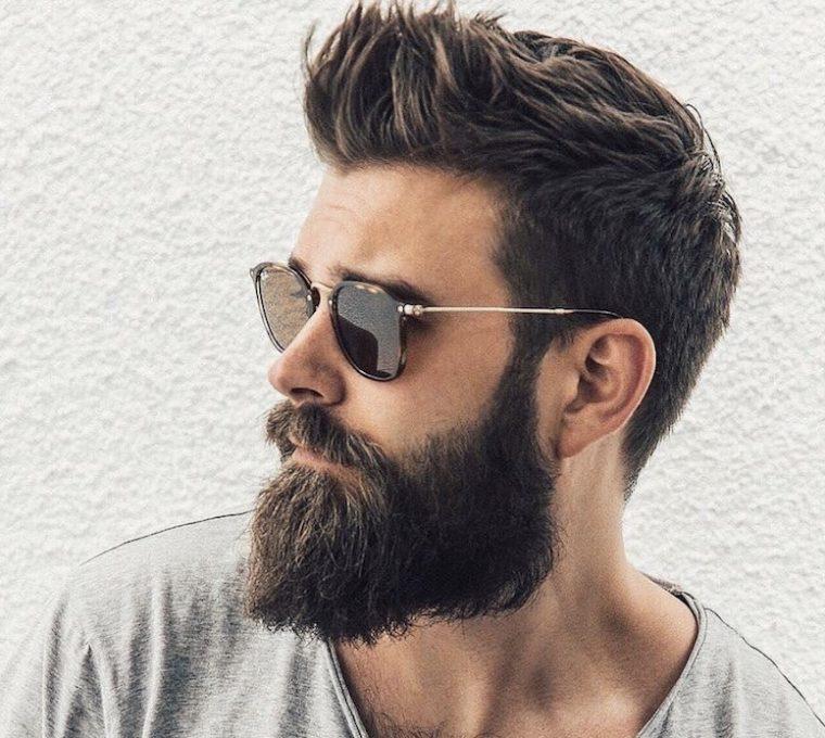Taglio capelli uomo con barba
