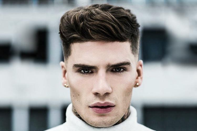 taglio capelli uomo viso triangolare